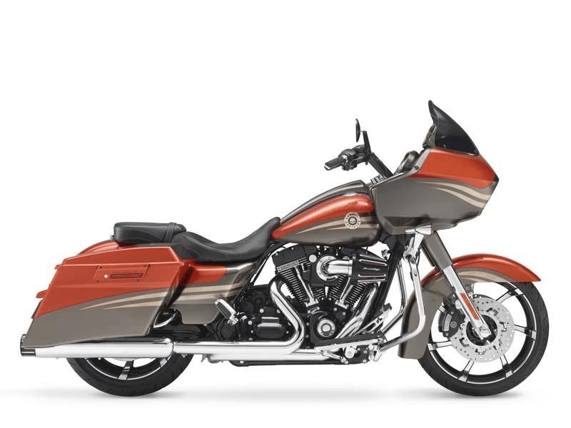 Road-Glide-CVO-Custom-Harley-Davidson®-FLTRX